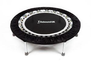 Le mini-trampoline, un accessoire de sport à part entière